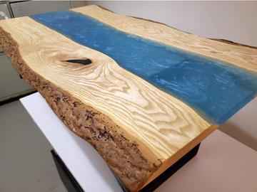 : River coffee table