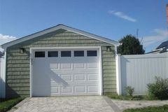 Monthly: Garage in Plainview, NY