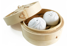 : Dumpling Salt and Pepper Shakers - White