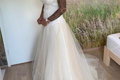Ilmoitus: Elizabeth passionin mekko