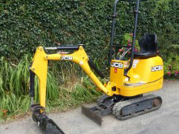 Weekly Equipment Rental: Micro Digger Weekly Hire