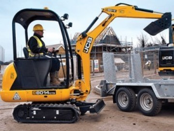 Weekly Equipment Rental: Mini Digger Weekly Hire