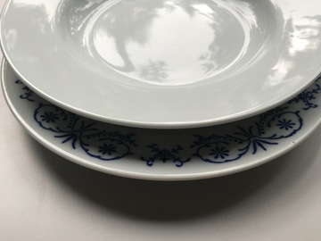Selling: Move sale - plates