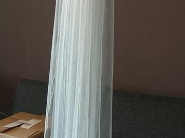 Ilmoitus: Bianco Evento S-222 200cm Huntu Swarovskin kristalleilla