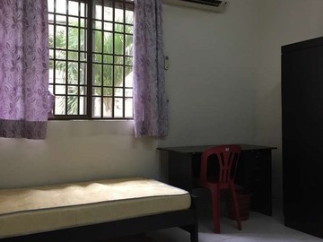 For rent (month/hour): Available Room Rent At SS7 Kelana Jaya Near Paradigm, Kelana Busi