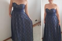 Myydään: Evening gown
