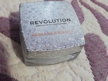 Venta: Iluminador Jelly de Revolution y bbcream Garnier