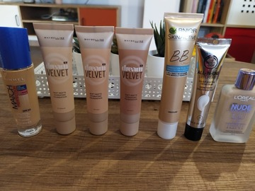 Venta: Bases de maquillaje low cost, varios precios