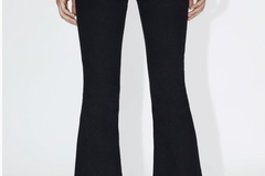 Selling without online payment: Zara crop flared black jeans EU36 US4 UK8