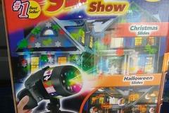 Liquidation Lot: 25 Piece Star Shower Holiday Lot
