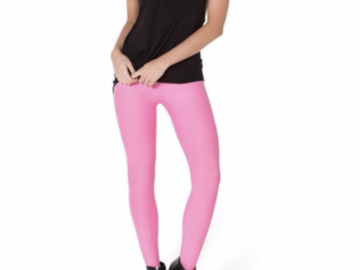 Liquidation Lot: 10 First Looks by Hue Seamless Pink Leggings (Retail $260)