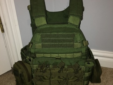 Selling: Flyye Industries Vest