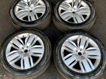 "Selling: Like new 20"" VW Atlas wheel/tire set"