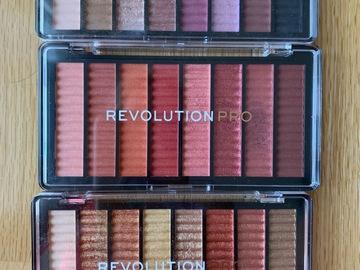 Venta: Lote de 3 paletas de sombras Revolution Pro