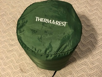 Hyr ut (per day): Therm-a-Rest Trail Lite -makuualusta