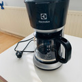 Selling: Coffee machine (barely used)