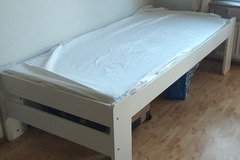 Selling: Single bed with mattress