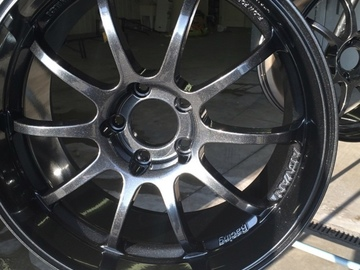 Selling: 18x9 +25 ADVAN RS-D with center caps