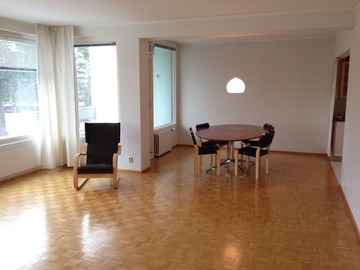 Renting out: 116 m2 apartment 4-5 r + k free in Lehtisaari close to Otaniemi