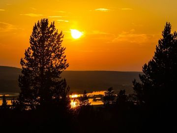 Offering with online payment: Midnight Sun E-Fat Bike Tour in Rovaniemi