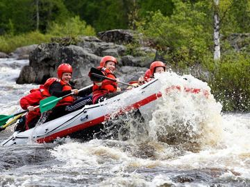 Offering with online payment: Arctic River Rafting
