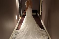 Ilmoitus: Allure Bridals 9471