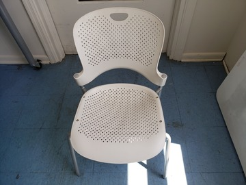 Selling Products: Plastic Chair with No Rollers (White)