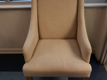 Selling Products: Cloth Cushioned Chair (White)