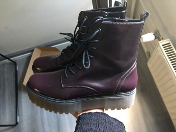 Myydään: NEW Boots size 41