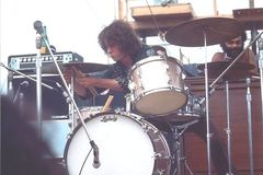 Not So Modern Drummer Article : Michael Shrieve and a Super Classic