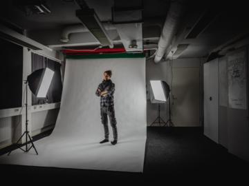 Renting out: Valokuva/video Studio Vallilassa 70€/päivä