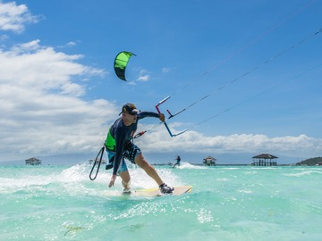 Travel & Excursions: Kitesurf trip on incredible sandbar