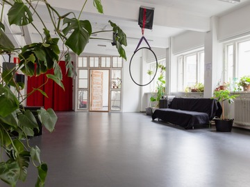 Renting out: Co-working-facility and cultural space in Vallila !