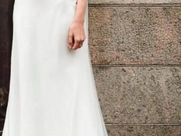 Ilmoitus: Kaunis kapealinjainen Eternity Bride hääpuku