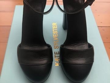 Selling: Two-Tone Heel Khaki/Black