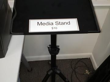 Vendiendo Productos: Media Stand