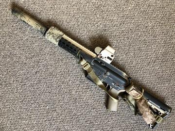 Selling: VFC HK416D Devgru Build