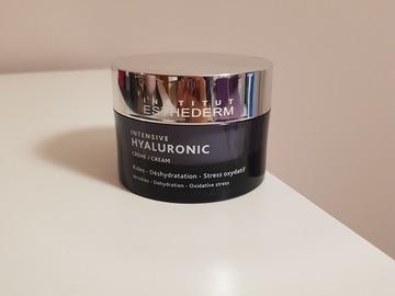 Venta: Crema Intensiv Hyaluronic Esthederm