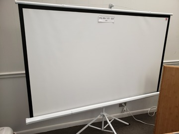 Selling Products: Portable Projection Screen