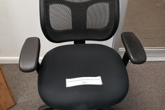 Selling Products: Office Chair (Black)