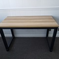 Produkte Verkaufen: Wood and Metal Table