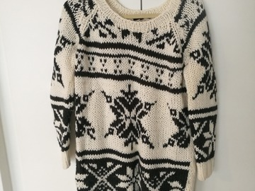 Myydään: huge knitted sweater, women, S, perfect condition