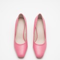 Selling: Pink Snakeskin pumps