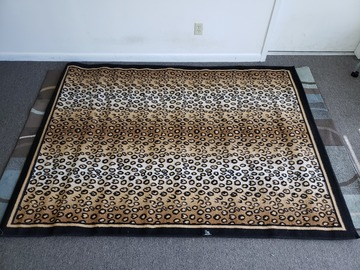 Vendiendo Productos: Area Rug (Leopard Pattern)