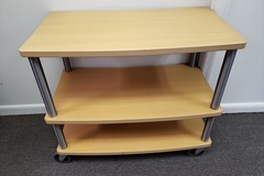 Produkte Verkaufen: 3 Shelf Unit Wood and Metal with Rollers