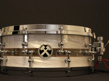 Selling with online payment: Hammer Custom 5.5x14 Hybrid Acrylic/maple