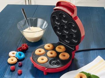 Myydään: Donut maker new never opened