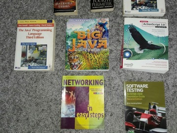 Myydään: Software books and others