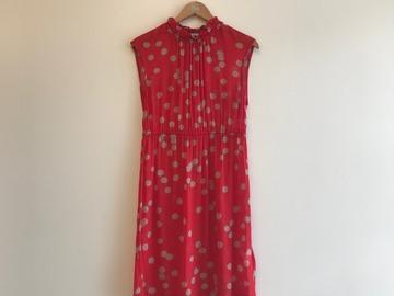 Selling: Rita shift dress