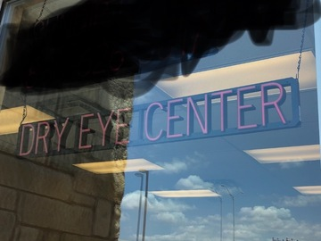 Selling with online payment: Used Spell Brite DRY EYE CENTER led sign